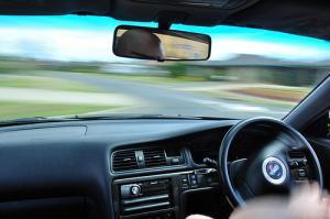 Регулируем фары у автомобиля